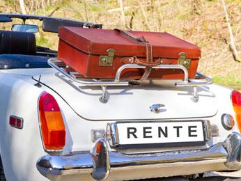 Auto mit Gepäckstück, Rentenfahrplan zur Rente